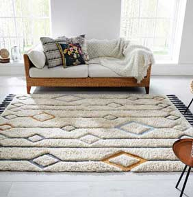 Solitaire rugs by Luxmi