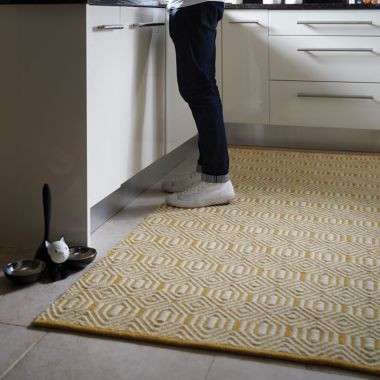 Flatweave Geometric in Ochre / Cream