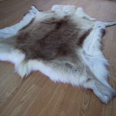 Reindeer Skin Rugs - Grade A