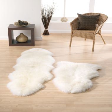 Sheepskin In Natural / Ivory