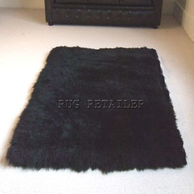 Oblong Sheepskin In Black