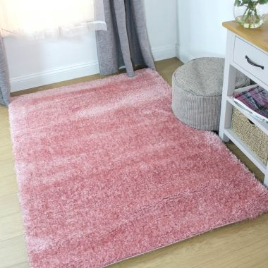 Velvet Rugs in Blush Pink